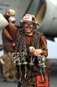 393px-US_Navy_021102-N-4309A-001_plane_captain